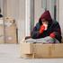Στο κατώφλι της φτώχειας το 2016 πάνω από 3 εκατομμύρια Έλληνες