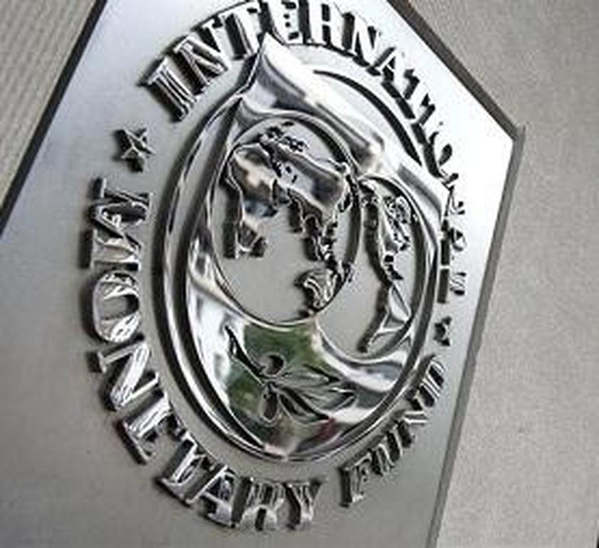 Το ΔΝΤ ζητά φορολόγηση 10% στις καταθέσεις