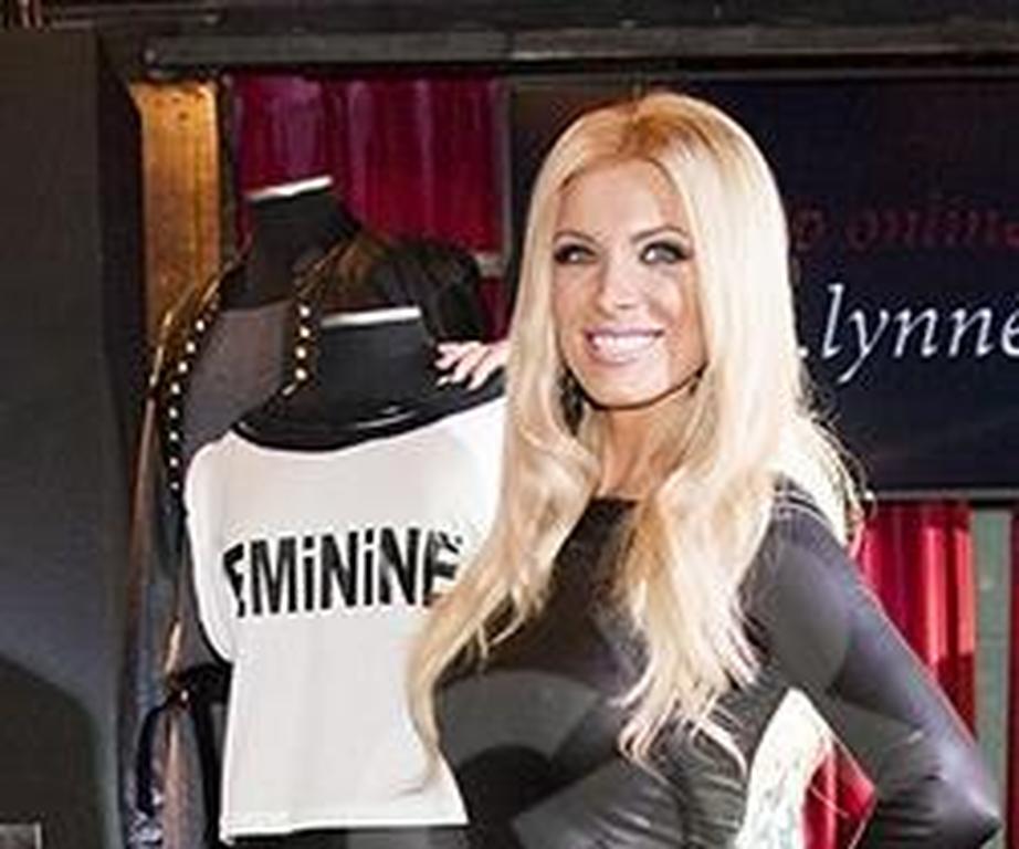 dc951eb5f8ee Παρουσίασε την νέα της συλλογή ρούχων η Κατερίνα Καινούργιου (pics ...