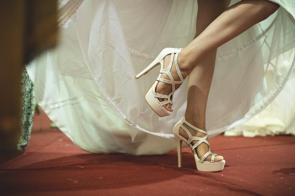 35249218d6e ... Famous Shoes! Πάτρα: Συγκεντρώσαμε τα ωραιότερα νυφικά παπούτσια της  αγοράς!