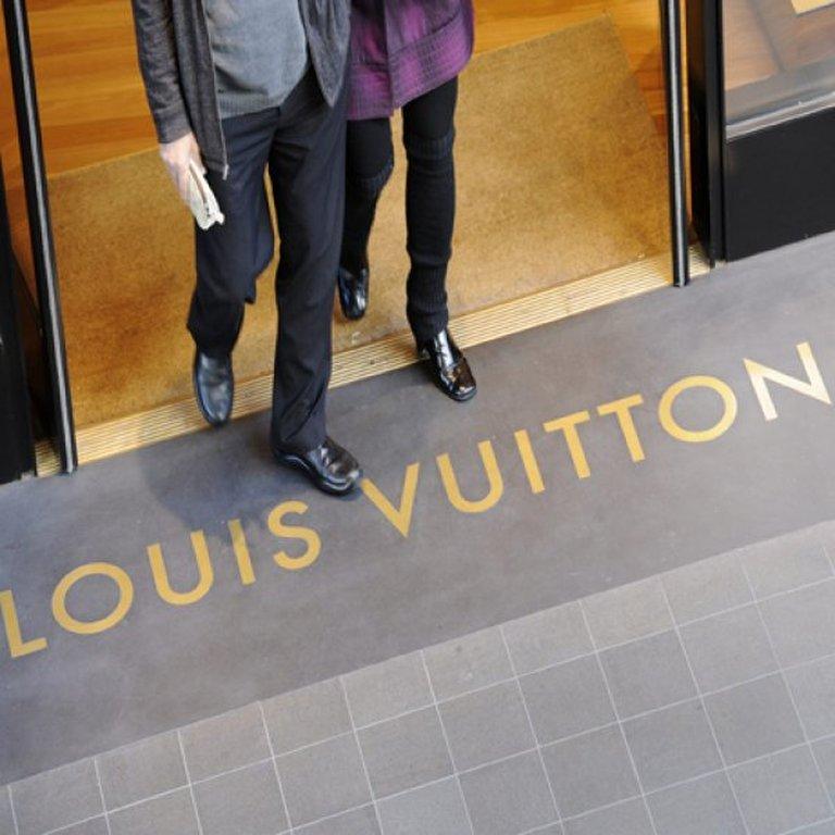 Louis Vuitton  Τα 10 πράγματα που δε γνωρίζετε για τον διάσημο οίκο ... 96eb06ed60c
