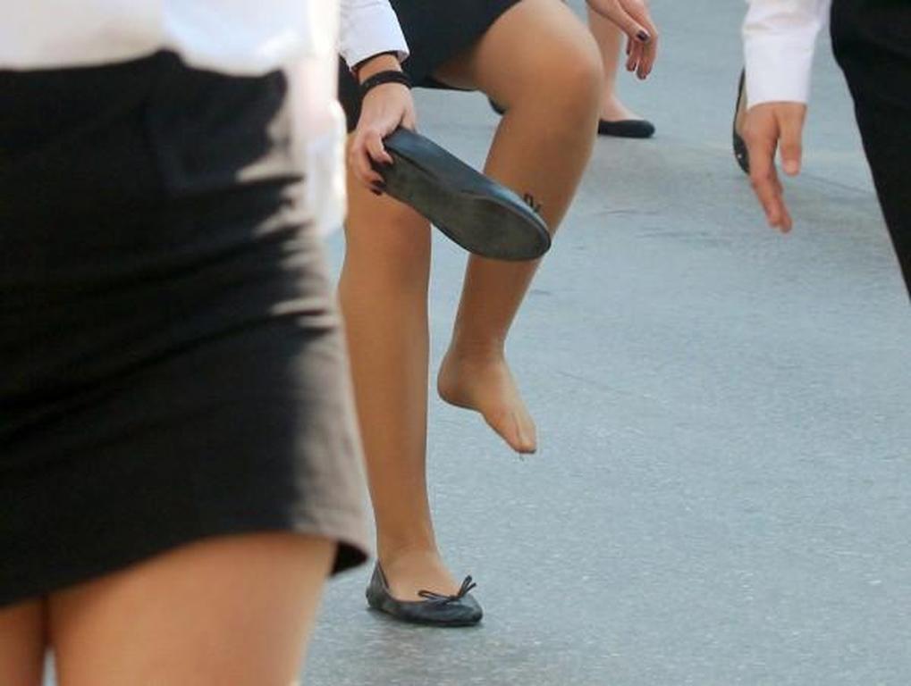 d34ca05dcd1 Η μαθήτρια που παρέλασε με… ένα παπούτσι (pics)   Patras Events