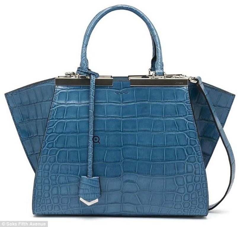 Τσάντα Louis Vuitton αξίας 52.000 ευρώ! (pics)  e3c8a76fcfd