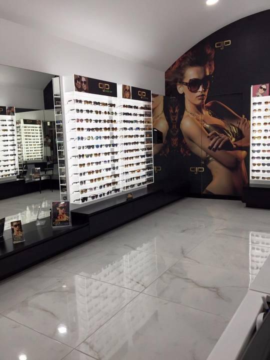 6d67cbef82 Ojo Sunglasses - Το ολοκαίνουργιο κατάστημα στην Ρήγα Φεραίου κάνει εγκαίνια !