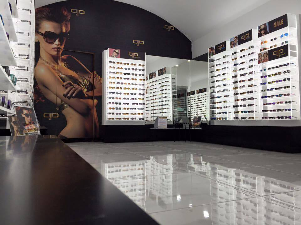 337add5cd1 Ojo Sunglasses - Το ολοκαίνουργιο κατάστημα στην Ρήγα Φεραίου κάνει εγκαίνια!  Ojo Sunglasses - Το ολοκαίνουργιο κατάστημα στην Ρήγα Φεραίου κάνει εγκαίνια !
