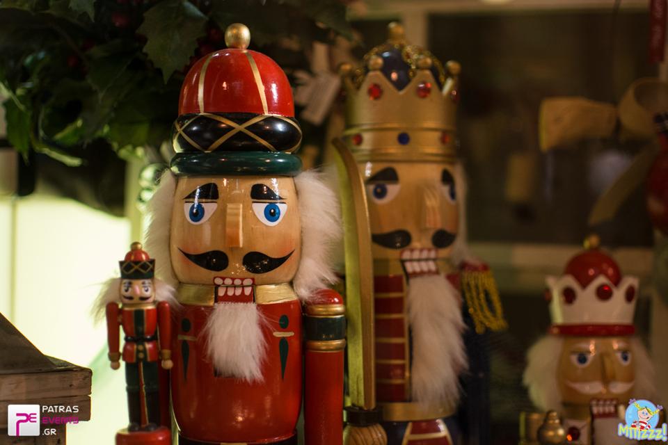 5c14af01443 Δείτε την ιστορία του ''Καρυοθραύστη'' να... ζωντανεύει στο Μπιζζζ toys!