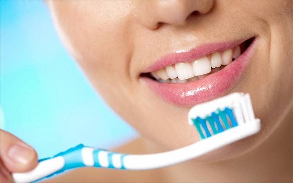 Αποτέλεσμα εικόνας για βουρτσισμα δοντιων