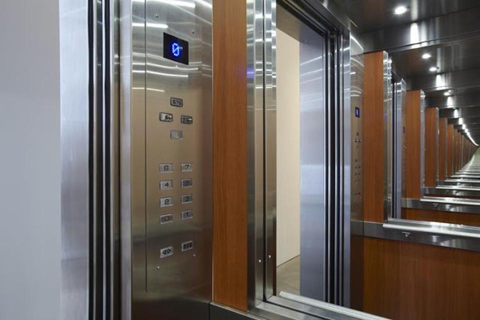 Αποτέλεσμα εικόνας για ασανσερ