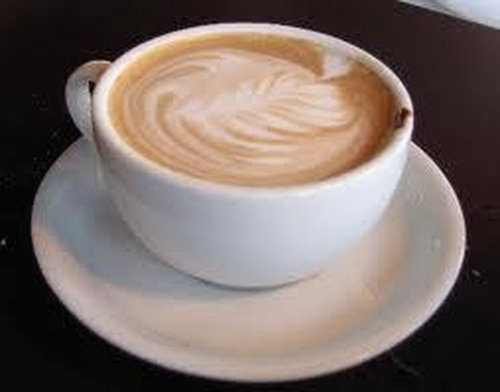 Πάτρα : Ο Σύλλογος Καταστημάτων Εστίασης κερνάει καφέ