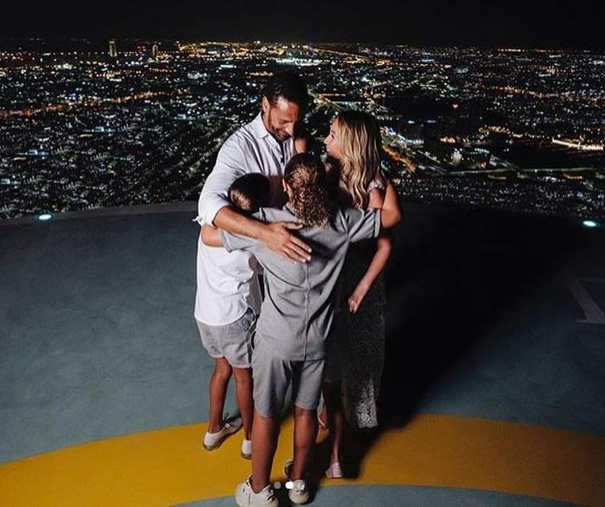 e8dd7eb9dff4 Ο Ρίο Φέρντιναντ έκανε πρόταση γάμου στην αγαπημένη του παρουσία των τριών  παιδιών του (φωτο