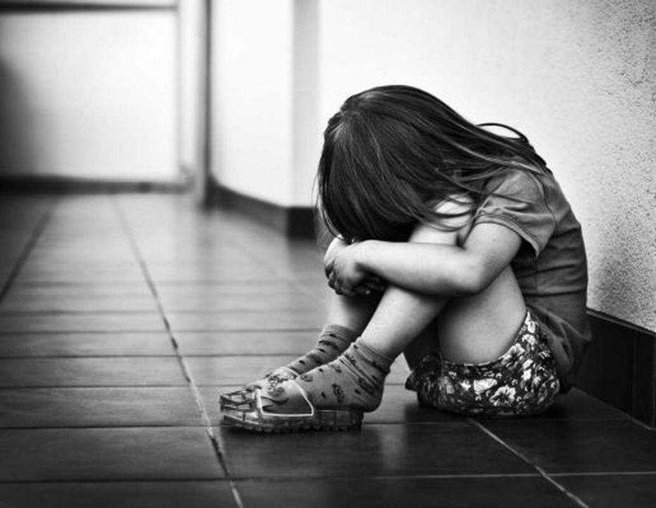 Η φτώχεια στην Πάτρα είναι εδώ - Κοριτσάκι παρακαλούσε τη μητέρα ...