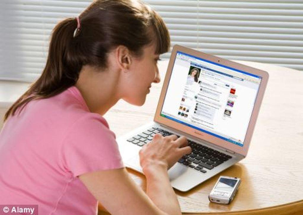 χειρότερα προφίλ site γνωριμιών ποτέ ιστοσελίδες γνωριμιών για 11 ετών