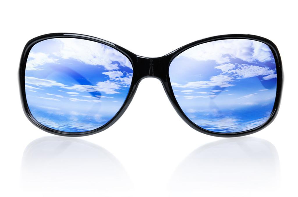 Ποιος είναι ο ιδανικός σκελετός γυαλιών για το πρόσωπό σας   858da98023a
