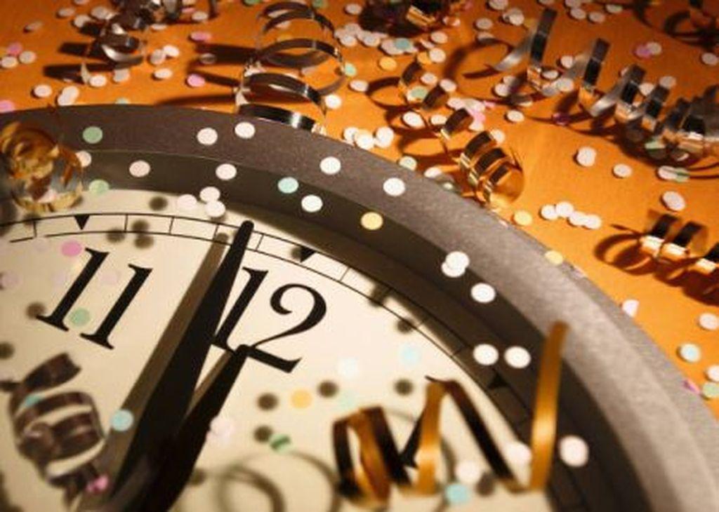 Αποτέλεσμα εικόνας για Ρεβεγιόν Πρωτοχρονιάς