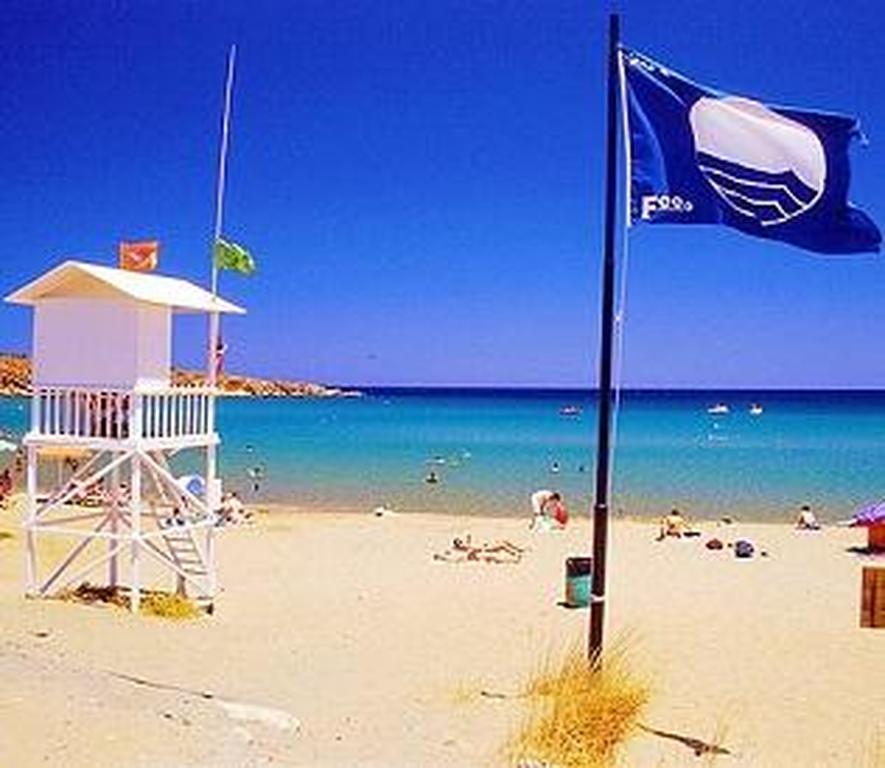 Οι 394 Ελληνικές παραλίες που έλαβαν φέτος γαλάζια σημαία!