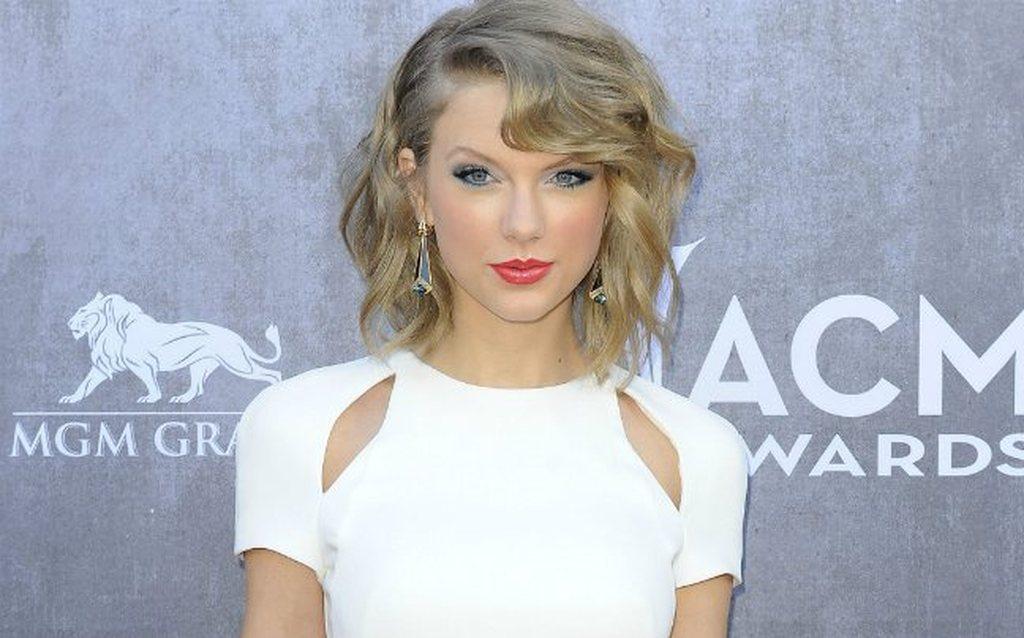 Έτσι θέλει τον άντρα η Taylor Swift - Κρατήστε... σημειώσεις (pics ... 0d2554388c4