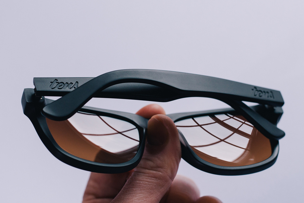 Με αυτά τα γυαλιά ο κόσμος φαίνεται όπως μια φωτογραφία του Instagram  (pics+video 425ad8ec953